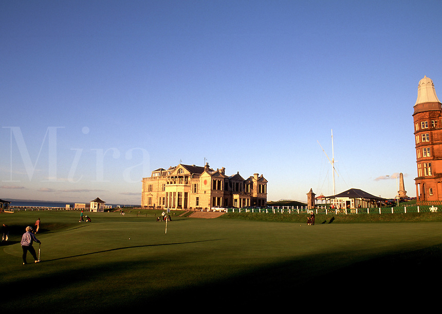 The 18th hole on the famous St. Andrew's Golf Course with the Clubhouse in the distant background. St. Andrew's, Scotland.