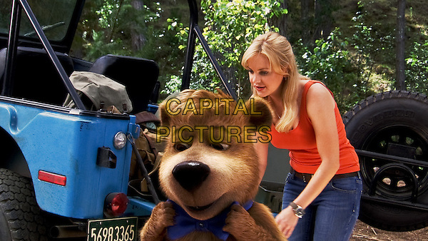 Boo Boo voiced by JUSTIN TIMBERLAKE & ANNA FARIS.in Yogi Bear (2010) .*Filmstill - Editorial Use Only*.CAP/FB.Supplied by Capital Pictures.