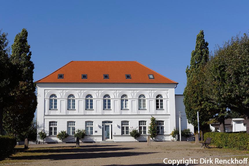 Der Circus in Putbus auf Rügen erbaut 19.Jh., Mecklenburg-Vorpommern, Deutschland