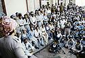 Irak 1991.Massoud Barzani parlant à des notables de Kirkouk.Iraq 1991.Massoud Barzani with Kirkuki personnalities