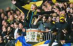 Stockholm 2014-04-16 Fotboll Allsvenskan Djurg&aring;rdens IF - AIK :  <br /> Glada AIK supportrar med en trumma<br /> (Foto: Kenta J&ouml;nsson) Nyckelord:  Djurg&aring;rden DIF Tele2 Arena AIK supporter fans publik supporters glad gl&auml;dje lycka leende ler le
