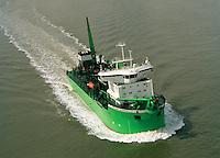 Juni 1999. Lange Wapper dredger van DEME.