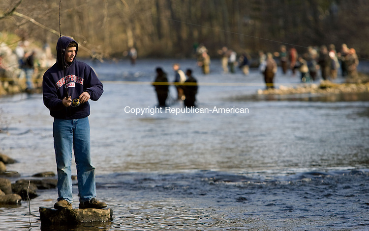 RIVERTON, CT-08 APRIL 2009-041809JS14--Matt Amenta, 13, of Sandisfiled, MA fishes the Farmington River in Riverton on Saturday.<br /> Jim Shannon Republican-American