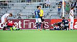 Stockholm 2014-04-27 Fotboll Allsvenskan Djurg&aring;rdens IF - IF Brommapojkarna :  <br /> Brommapojkarnas m&aring;lvakt Ivo Vazgec och Djurg&aring;rdens Daniel Amartey ligger p&aring; planen och tittas till av sjukv&aring;rdare efter att ha kolliderat i den f&ouml;rsta halvleken <br /> (Foto: Kenta J&ouml;nsson) Nyckelord:  Djurg&aring;rden DIF Tele2 Arena Brommapojkarna BP skada skadan ont sm&auml;rta injury pain