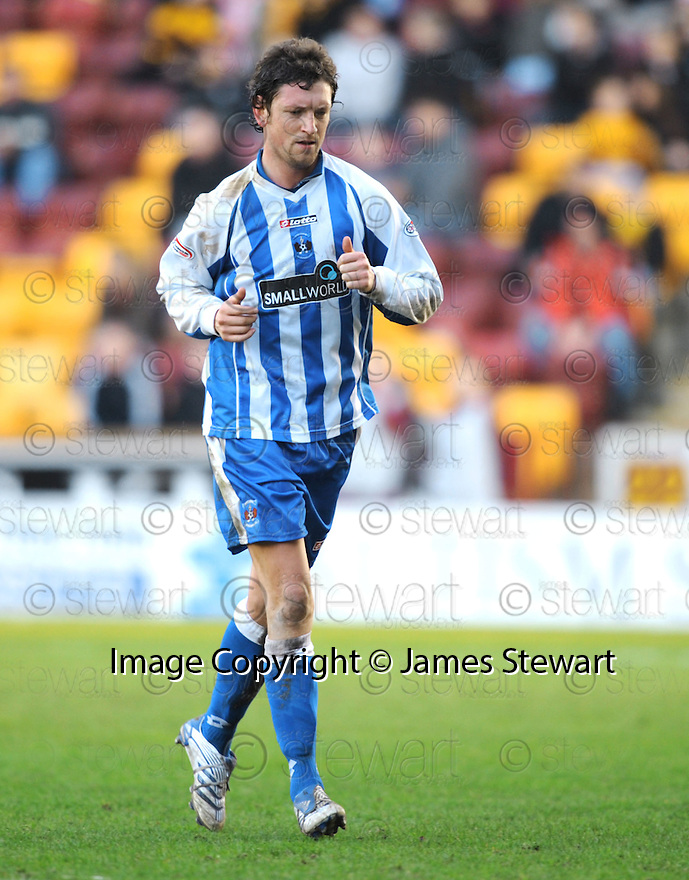 09/02/2008    Copyright Pic: James Stewart.File Name : sct_jspa11_motherwell_v_kilmarnock.DAVID LILLEY IS SENT OFF.James Stewart Photo Agency 19 Carronlea Drive, Falkirk. FK2 8DN      Vat Reg No. 607 6932 25.Studio      : +44 (0)1324 611191 .Mobile      : +44 (0)7721 416997.E-mail  :  jim@jspa.co.uk.If you require further information then contact Jim Stewart on any of the numbers above........