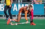 Laren - Valerie Magis (OR)  tijdens de Livera hoofdklasse  hockeywedstrijd dames, Laren-Oranje Rood (1-3).  COPYRIGHT KOEN SUYK