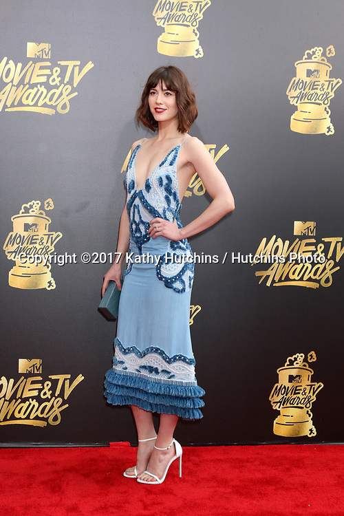 LOS ANGELES - MAY 7:  Mary Elizabeth Winstead at the MTV Movie and Television Awards on the Shrine Auditorium on May 7, 2017 in Los Angeles, CA