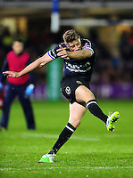 Rhys Priestland of Bath Rugby kicks for the posts. European Rugby Challenge Cup match, between Bath Rugby and Bristol Rugby on October 20, 2016 at the Recreation Ground in Bath, England. Photo by: Patrick Khachfe / Onside Images