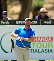Adam Bland (AUS) in action on the 2nd during Round 1 of the ISPS Handa World Super 6 Perth at Lake Karrinyup Country Club on the Thursday 8th February 2018.<br /> Picture:  Thos Caffrey / www.golffile.ie<br /> <br /> All photo usage must carry mandatory copyright credit (&copy; Golffile | Thos Caffrey)