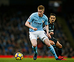 Kevin De Bruyne of Manchester City finds some space during the premier league match at the Etihad Stadium, Manchester. Picture date 3rd December 2017. Picture credit should read: Andrew Yates/Sportimage