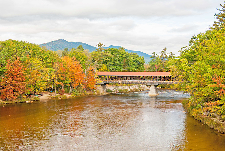 The Saco Covered Bridge spanning...you guessed it... the Saco River !