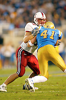 Will Svitek during Stanford's 28-18 loss to UCLA on October 26, 2002 in Los Angeles, CA.<br />