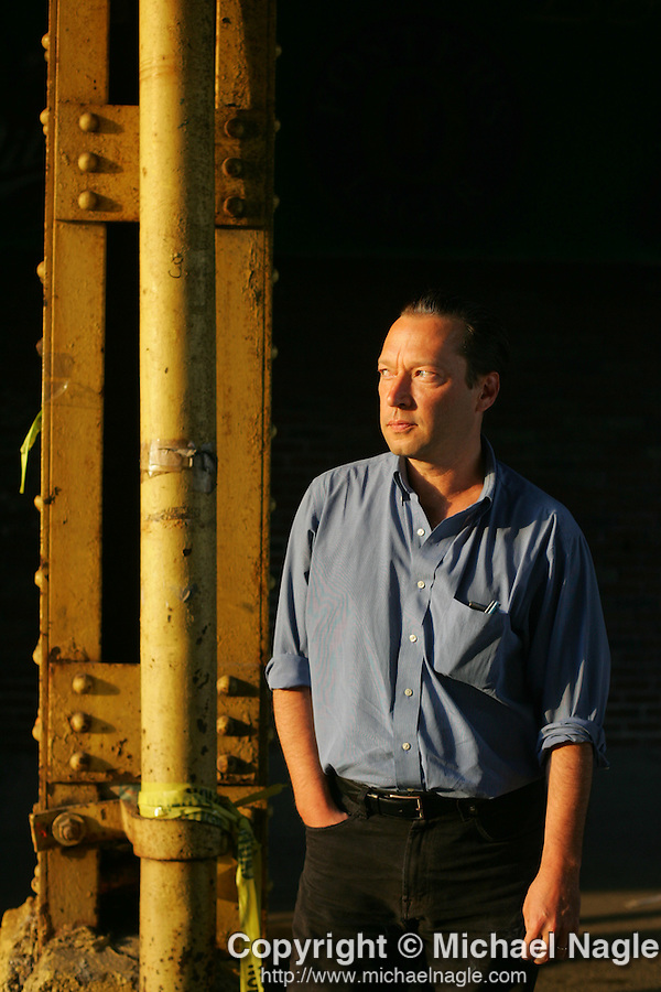 NEW YORK - MAY 15, 2006:  Scott Anderson poses for a portrait before reading from his new book, Moonlight Hotel, at the Half King on May 15, 2006 in New York City.  (Photo by Michael Nagle)