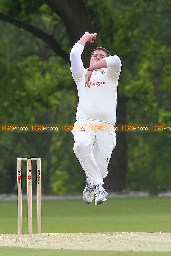 J Malin in bowling action for South Woodford - Wanstead CC vs South Woodford CC - Essex Cricket League at Overton Drive - 25/05/13 - MANDATORY CREDIT: Gavin Ellis/TGSPHOTO - Self billing applies where appropriate - 0845 094 6026 - contact@tgsphoto.co.uk - NO UNPAID USE.
