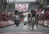Edvald Boasson Hagen (NOR/Dimension Data) winning the breakaway finish sprint on the cobbles on the lower slopes of the Muur van Geraardsbergen<br /> <br /> 12th Eneco Tour 2016 (UCI World Tour)<br /> Stage 7: Bornem › Geraardsbergen (198km)