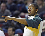 Seattle SuperSonics Ray Allen points to an open Los Angeles Clippers's player in the second period on Friday, April 14, 2006 at the Key Arena in Seattle.  . Jim Bryant Photo. ©2010. All Rights Reserved.