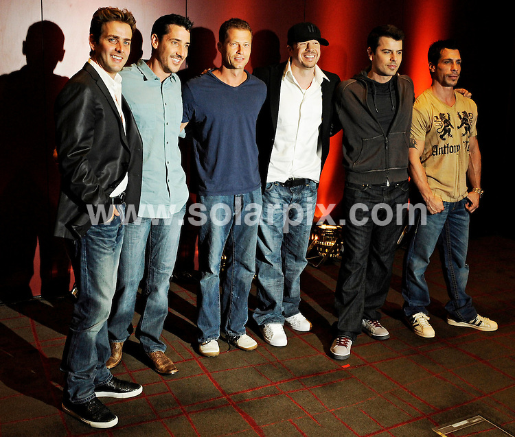 **ALL ROUND PICTURES FROM SOLARPIX.COM**.**SYNDICATION RIGHTS FOR UK AND SPAIN ONLY**.The US pop group New Kids on the block photocall with Joey Mcintyre,Jonathan Knight, Donnie Wahlberg,Jordan Knight and Danny wood for their comeback in Munich (muenchen) Bayern in Germany...JOB REF:6801-CPR/Philipp Guelland  DATE:09_07_08.**MUST CREDIT SOLARPIX.COM OR DOUBLE FEE WILL BE CHARGED* *UNDER NO CIRCUMSTANCES IS THIS IMAGE TO BE REPRODUCED FOR ANY ONLINE EDITION WITHOUT PRIOR PERMISSION*