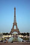 1050 France