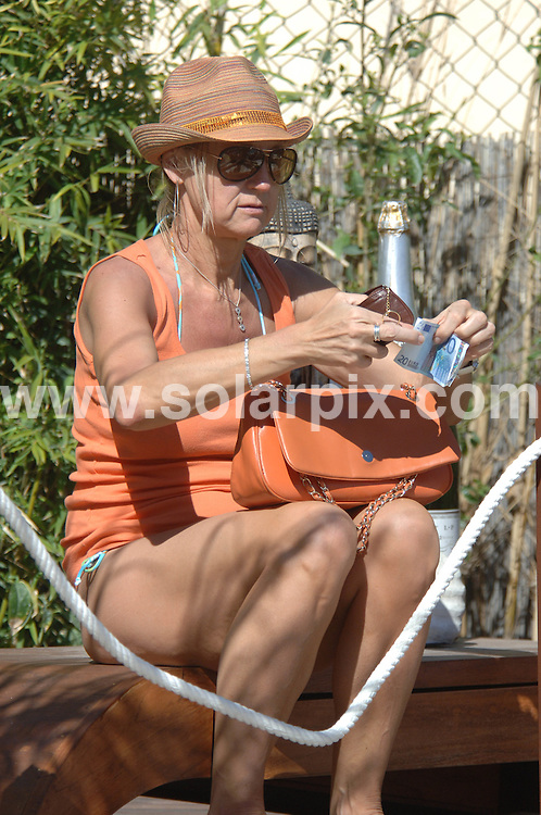 **ALL ROUND PICTURES FROM SOLARPIX.COM**.**WORLDWIDE SYNDICATION RIGHTS**.Opening of Jean Cristoph Novelli opening of his Marbella Restaurant..Guests get together round the pool....This pic: Sherrie Hewson..JOB REF:  8885      AB/JGS1       DATE:25.04.09.**MUST CREDIT SOLARPIX.COM OR DOUBLE FEE WILL BE CHARGED**.**ONLINE USAGE FEE  GBP 50.00 PER PICTURE - NOTIFICATION OF USAGE TO PHOTO @ SOLARPIX.COM**.**CALL SOLARPIX : +34 952 811 768 or LOW RATE FROM UK 0844 617 7637**