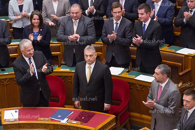UNGARN, 10.05.2018, Budapest V. Bezirk. Eroeffnungssitzung des neuen Parlaments (4. Kabinett Orb&aacute;n). Fidesz-MP Viktor Orb&aacute;n mit seinem Stellvetreter, KDNP-Chef Zsolt Semj&eacute;n. Dahinter Szil&aacute;rd N&eacute;meth, Gergely Guly&aacute;s, M&aacute;t&eacute; Kocsis. | Opening session of the new parliament (4th Orban cabinet). Fidesz PM Viktor Orban with his deputy, KDNP leader Zsolt Semjen. Behind them Szilard Nemeth, Gergely Gulyas, Mate Kocsis. <br /> &copy; Szilard Voros/estost.net