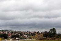 CAMPINAS, SP 05.07.2019 - ESTRADAS - Movimentação na Rodovia Santos Dumont, na região de Campinas (SP), na tarde desta sexta-feira (5). (Foto: Denny Cesare/Código19)