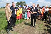 Werkbezoek Staatssecretaris Schultz van Haegen aan Friesland - 10 juli 2006