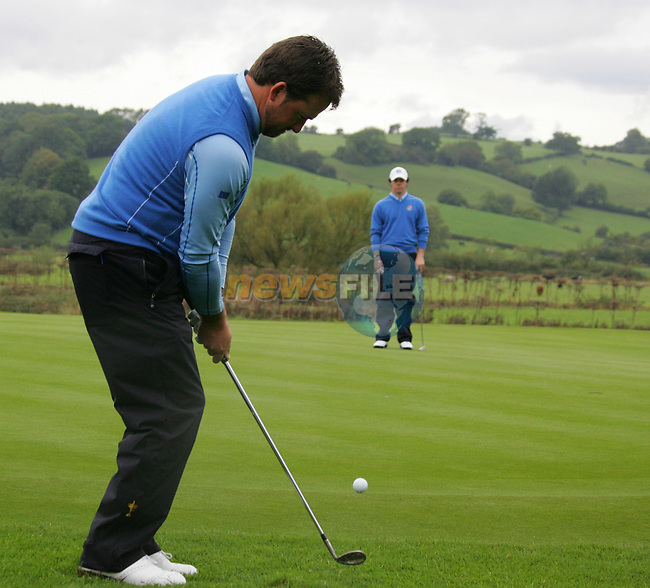 Graeme McDowell chips during Practice Day 2 at the 2010 Ryder Cup at the Celtic Manor Twenty Ten Course, Newport, Wales, 29th September 2010..(Picture Eoin Clarke/www.golffile.ie)