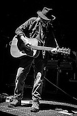 NEIL YOUNG (2015)