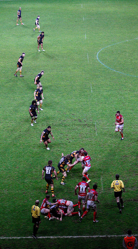 Photo: Richard Lane/Richard Lane Photography. London Welsh v London Wasps. 29/12/2012. Wasps defence line.