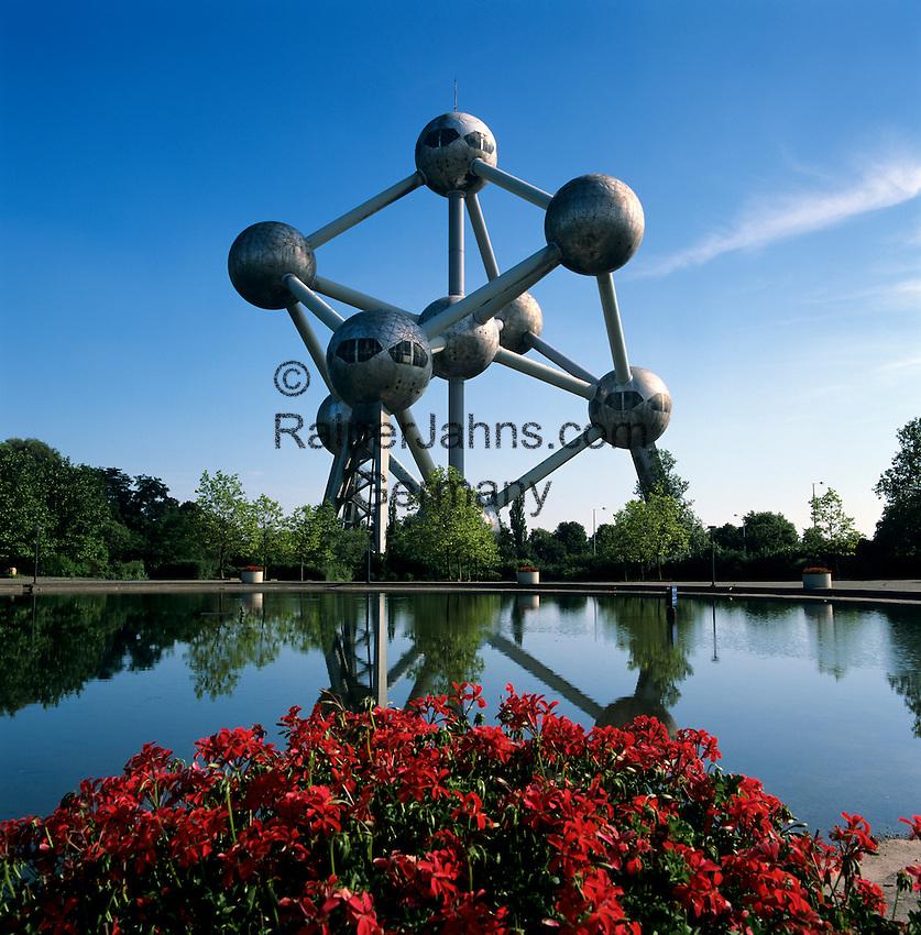 Belgium, Province Brabant, Brussels: The Atomium in Heysel | Belgien, Provinz Brabant, Bruessel: Das Atomium in Heysel