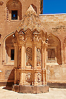 Tomb of the 18th Century Ottoman architecture of the Ishak Pasha Palace (Turkish: İshak Paşa Sarayı) ,  Ağrı province of eastern Turkey.