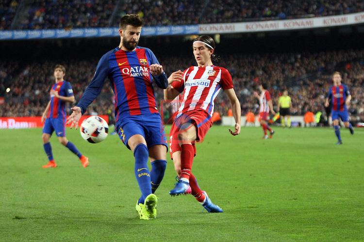 Copa del Rey 2016/2017 - Semifinal vuelta.<br /> FC Barcelona vs Atletico Madrid: 1-1.<br /> Gerard Pique vs Filipe Luis.