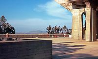 San Diego: U.C.S.D. Library. Empty Plaza.  (Photo '81)