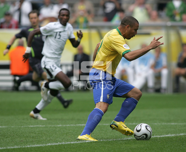 Brazilian forward (9) Ronaldo moves in for a goal.  Brazil defeated Ghana, 3-0,  in their FIFA World Cup round of 16 match at FIFA World Cup Stadium in Dortmund, Germany, June 27, 2006.