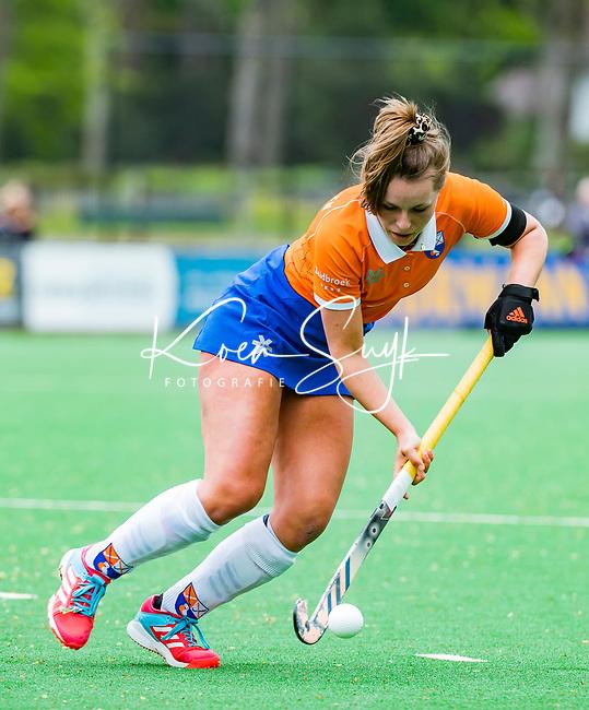 BLOEMENDAAL -   Myrthe van Kesteren (Bldaal)  , Libera hoofdklasse hockey Bloemendaal-Pinoke (0-0). COPYRIGHT KOEN SUYK