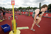 22 JUL 2007 - LONDON, UK - Tom Room - Corus Elite Triathlon Series. (PHOTO (C) NIGEL FARROW)