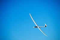 4415 / Nimbus 4 DM: AFRIKA, SUEDAFRIKA, 01.01.2007:Offene Klasse Flugzeug Nimbus 4 DM, blauer Himmel