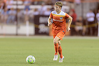 Houston, TX - Friday April 29, 2016: Becca Moros (4) of the Houston Dash brings the ball up the field against Sky Blue FC at BBVA Compass Stadium. The Houston Dash tied Sky Blue FC 0-0.