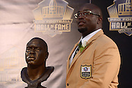 Canton, Ohio - August 8, 2015: Former NFL player Will Shields poses with his bust during the 2015 Pro Football Hall of Fame enshrinement in Canton, Ohio, August 8, 2015. During his 14-season career, Shields started every game, never missed a game and earned 12 straight Pro Bowl berths.  (Photo by Don Baxter/Media Images International)