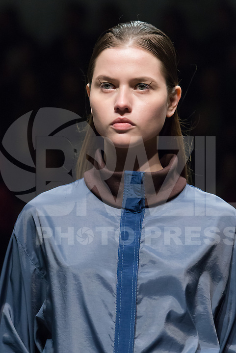Model during fashion show of designer Ricardo Andrez at Lisbon Fashion Week at Patio da Gale in Lisbon the capital of Portugal, on Sunday, 09. (Photo: Bruno Pereira / Brazil Photo Press).