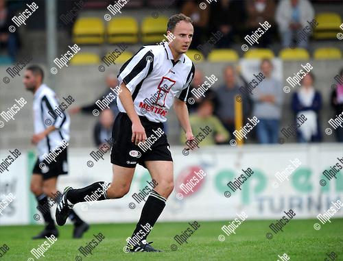 2011-07-20 / Voetbal / seizoen 2011-2012 / Vlimmeren Sport / Jurgen Bertels..Foto: mpics
