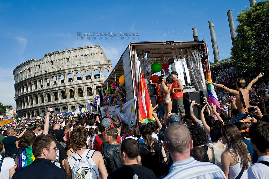 Thousands of people gather in street to participate in the Europride 2011 in Rome. This year's gay pride was attended by nearly a million people with protests against criticism from the Vatican and Italian Prime Minister Silvio Berlusconi's stances against homosexuality...Si stima che nella sfilata di Europride 2011 a Roma abbiano partecipato più di un milione di persone