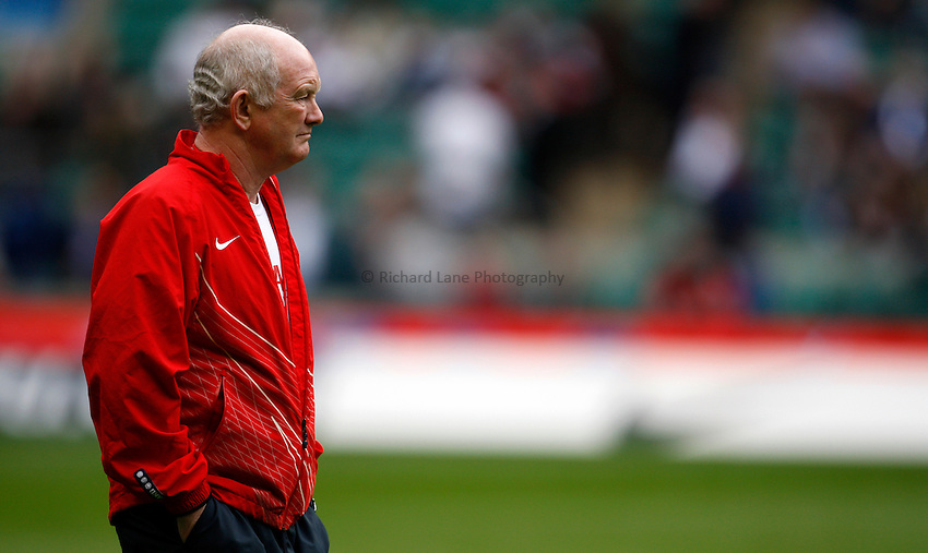 Photo: Richard Lane/Richard Lane Photography. .England v Ireland. RBS Six Nations. 15/03/2008. England head coach, Brian Ashton.