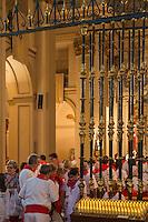 Espagne, Navarre, Pampelune: Fêtes de San Fermín, Eglise San Lorenzo, c'est de  cette église que part le 7 juillet la procession car c'est ici qu' est conservée la statue  //  Spain, Navarre, Pamplona: Festival of San Fermín, San Lorenzo church , on july 7ty the procession in honour of San Fermin starts from this church