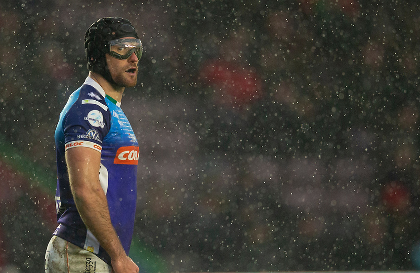 Benetton's Ian McKinley<br /> <br /> Photographer Bob Bradford/CameraSport<br /> <br /> European Rugby Challenge Cup Pool 5 - Harlequins v Benetton Treviso - Saturday 15th December 2018 - Twickenham Stoop - London<br /> <br /> World Copyright © 2018 CameraSport. All rights reserved. 43 Linden Ave. Countesthorpe. Leicester. England. LE8 5PG - Tel: +44 (0) 116 277 4147 - admin@camerasport.com - www.camerasport.com