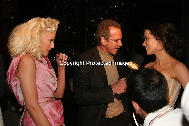 Gwen Stefani,Pat O'Brien interviews Kate Beckinsale<br />Miramax Films Presents -&ldquo;The Aviator&rdquo; Post Premiere Party <br />Annex Restaurant<br />Hollywood, CA, USA<br />Wednesday, December 1, 2004<br />Photo By Selma Fonseca /Celebrityvibe.com/Photovibe.com, <br />New York, USA, Phone 212 410 <br />5354, email:sales@celebrityvibe.com