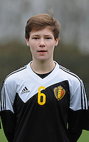 20160211 - TUBIZE , BELGIUM : Belgian Yentl De Coster pictured during the friendly female soccer match between Women under 17 teams of  Belgium and Switzerland , in Tubize , Belgium . Thursday 11th February 2016 . PHOTO SPORTPIX.BE DIRK VUYLSTEKE