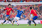 Marco Verratti (C) of Italy fights for the ball with Isco (L) and Sergio Busquets (R) of Spain during their 2018 FIFA World Cup Russia Final Qualification Round 1 Group G match between Spain and Italy on 02 September 2017, at Santiago Bernabeu Stadium, in Madrid, Spain. Photo by Diego Gonzalez / Power Sport Images