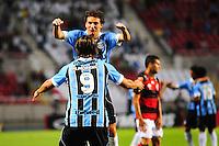 ATENCAO EDITOR: FOTO EMBARGADA PARA VEÍCULOS INTERNACIONAIS. - RIO DE JANEIRO, RJ, 16 DE SETEMBRO DE 2012 - CAMPEONATO BRASILEIRO - FLAMENGO X GREMIO - Elano, jogador do Gremio, comemora o gol de Marcelo Moreno, durante partida contra o Flamengo, pela 25a rodada do Campeonato Brasileiro, no Stadium Rio (Engenhao), na cidade do Rio de Janeiro, neste domingo, 16. FOTO BRUNO TURANO BRAZIL PHOTO PRESS