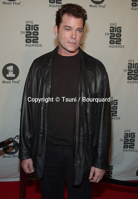 Ray Liotta arrives at the VH1 2002 Big Awards held at the Grand Olympic, on December 4, 2002.           -            LiottaRay04.jpg